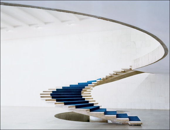 niemeyer staircase