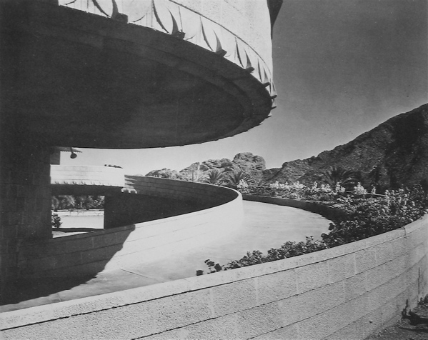 Frank Lloyd Wright Round Houses